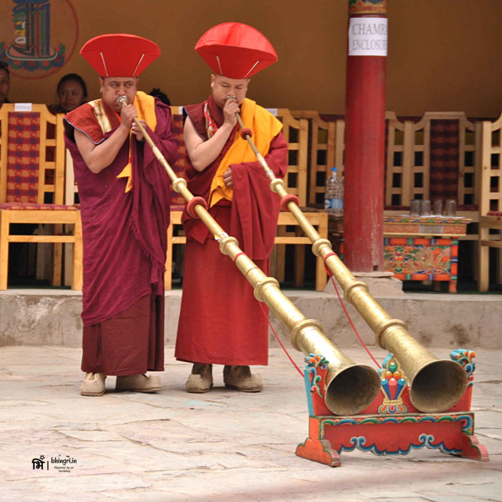 Dungchen, a Ladakhi long horn is played to indicate the beginning of the festival