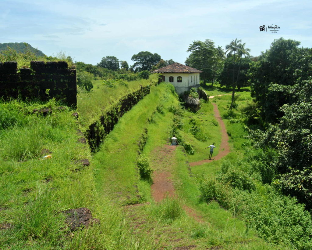Cabo de Rama is an old Portuguese era fort and deserves your visit