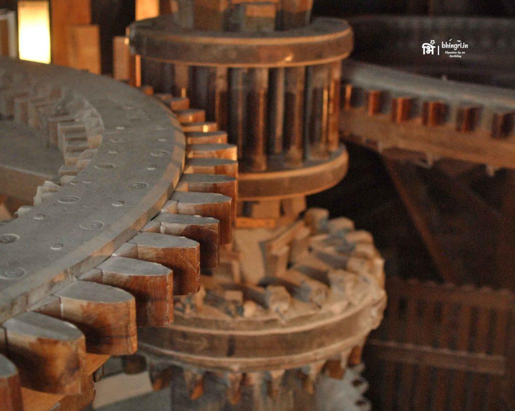 Wooden gears of De Kat